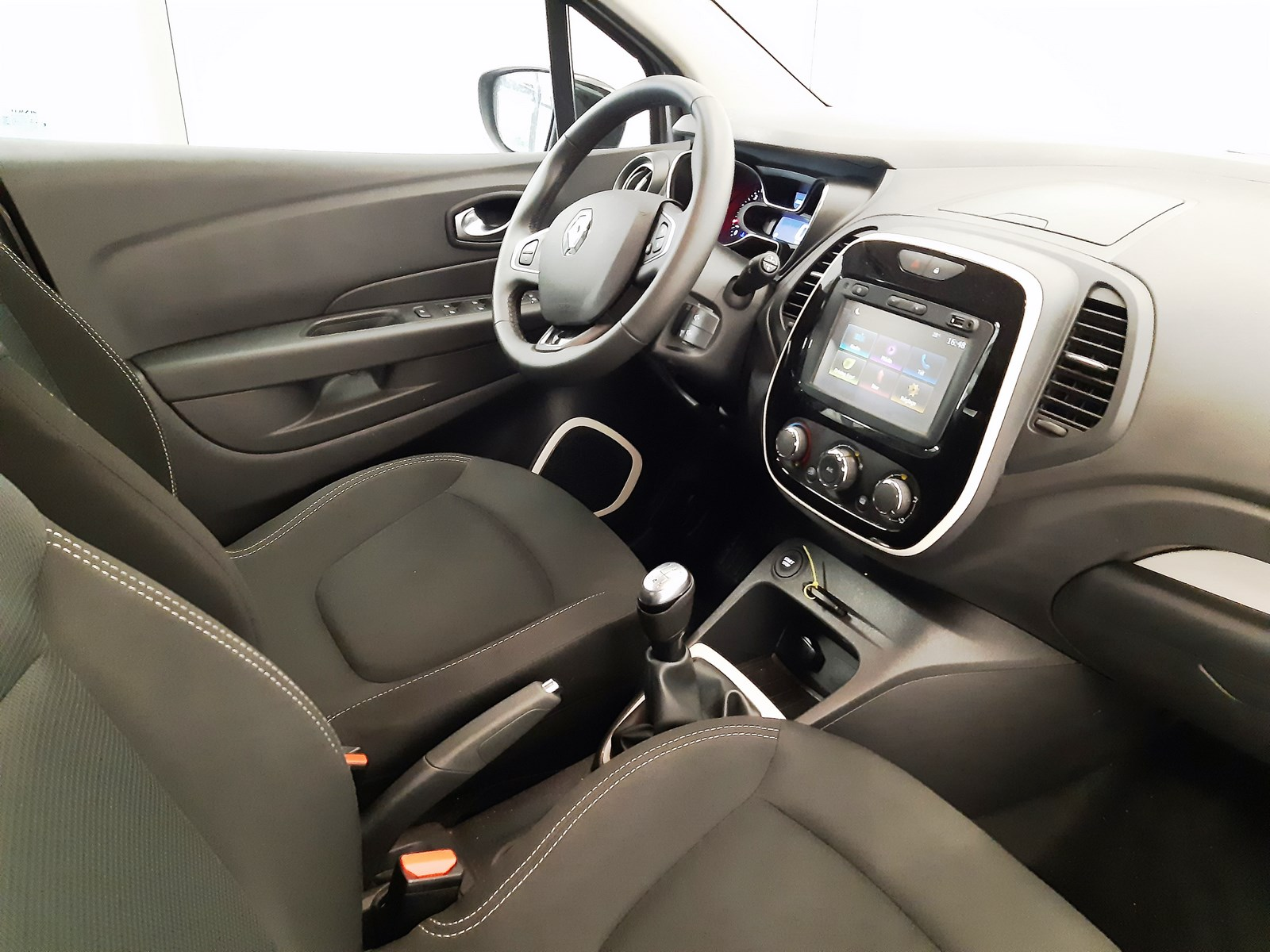 CAPTUR DCI 90 E6C BUSINESS